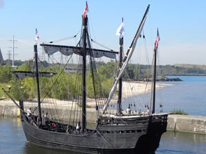 Michigan City Welcomes the Nina & Pinta